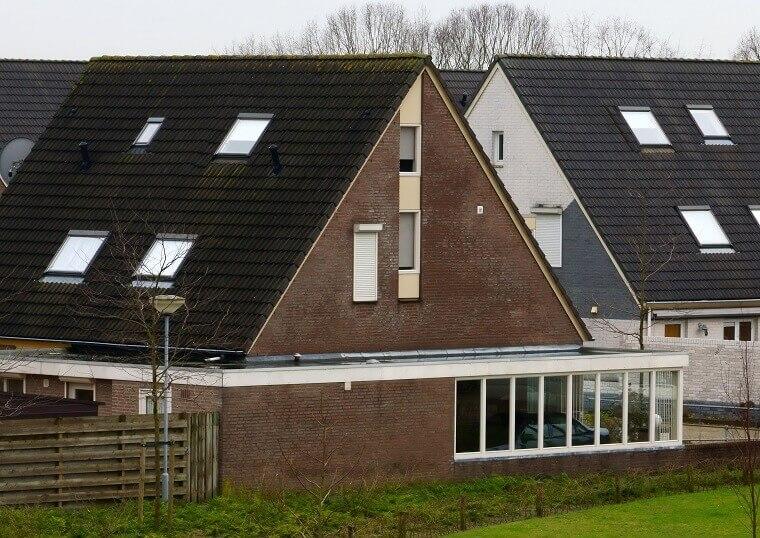 Aanbouw zijkant woning