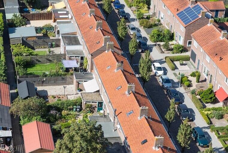 Luchtfoto buurt in Nederland
